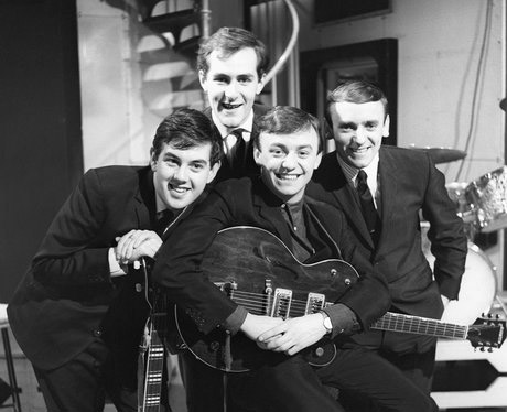 Gerry and The Pacemakers Don't Let the Sun Catch You Crying